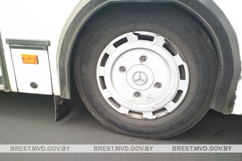 В Бресте пенсионерка выпала из салона автобуса под колеса. Фото: УВД
