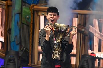 16-летний американец выиграл 3 миллиона долларов на чемпионате мира по компьютерной игре Fortnite