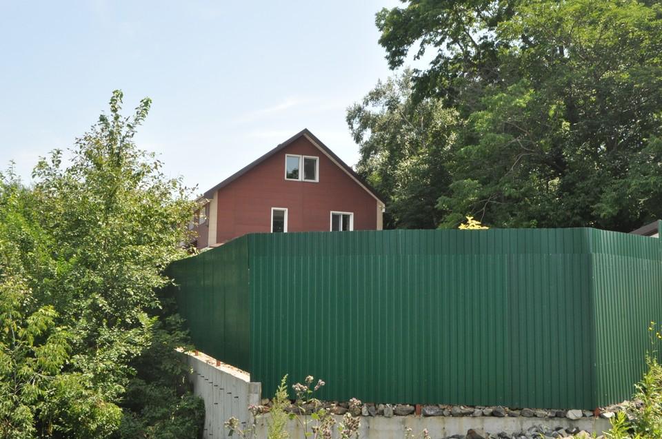 Над реабилитационным центром «Расцвет» во Владивостоке, в котором официально подтверждена одна смерть, сгущаются тучи