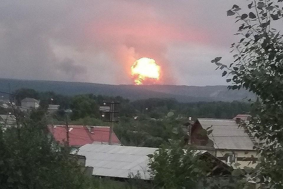 Горение ликвидировано. В МЧС сообщили, что пожар на военном складе под Ачинском потушен Фото: соцсети