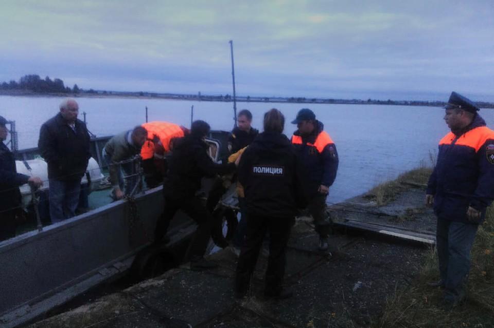 Спасатели отправились на место происшествия и успешно эвакуировали всех пассажиров Фото: МЧС по Республике Карелия