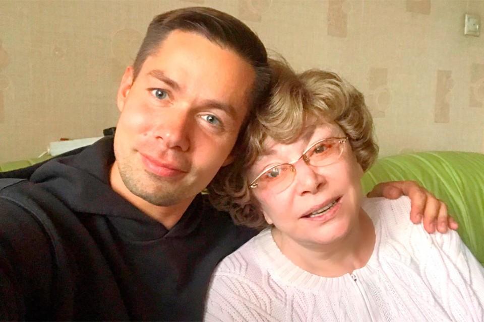 13 августа Стасу Пьехе исполняется 39 лет. Эдита Пьеха поздравила внука.