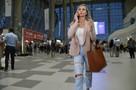 «Самое главное, что пилоты не дали разбиться»: В Крым прилетели первые пассажиры экстренно севшего в Подмосковье самолета
