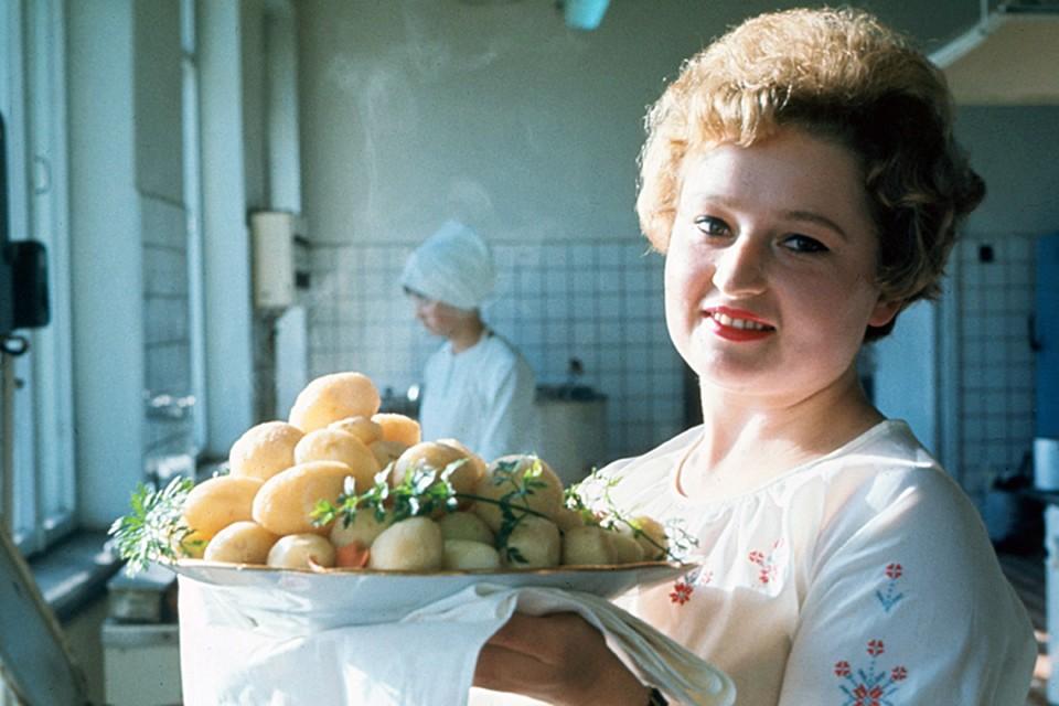 Советские граждане в качестве самого популярного гарнира ели картофель
