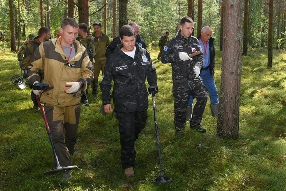 Глава Ямала принял участие в поисковой экспедиции под Питером Фото: vk.com личная страничка Дмитрия Артюхова