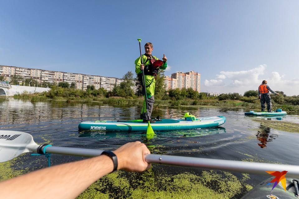 Корреспондент КП-Челябинск отправился в плавание по реке Миасс.