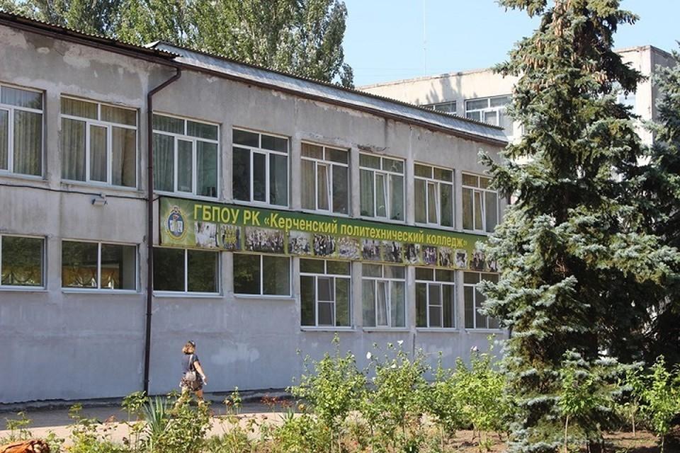 Памятный знак будет находиться около главного вход в колледж. Фото: Facebook Сергея Бороздина