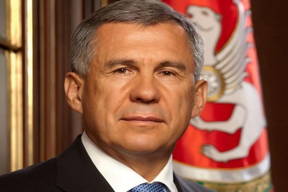 Рустам Минниханов поздравил всех с 1 сентября