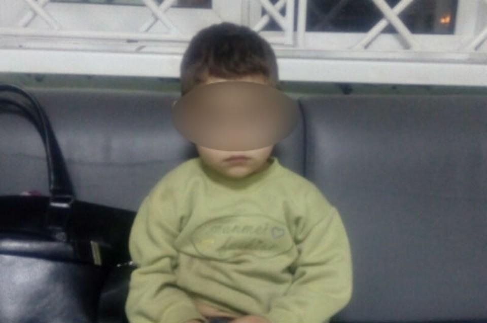 Малыш убежал от мамы, пока она спала. Фото: УМВД России по Костромской области.