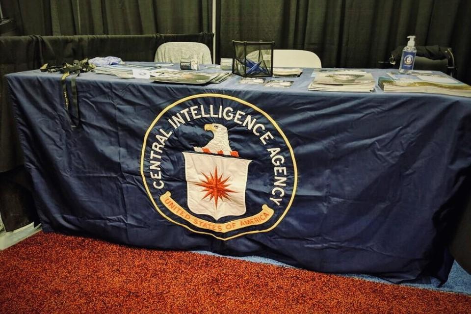 Смоленков действительно сотрудничал с ЦРУ, и не один год