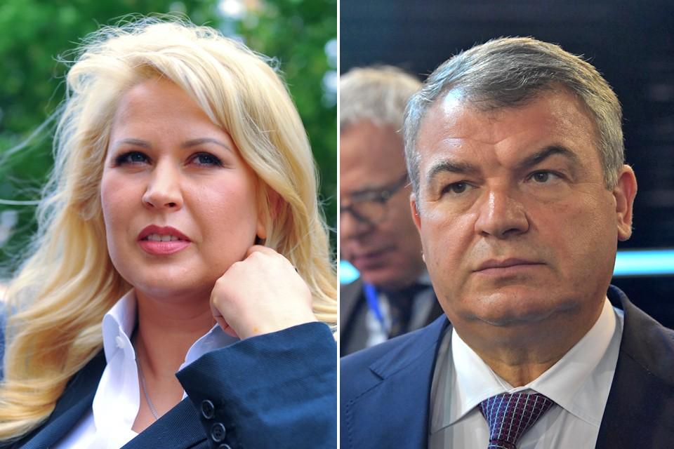 Анатолий Сердюков и Евгения Васильева воспитывают троих маленьких детей.