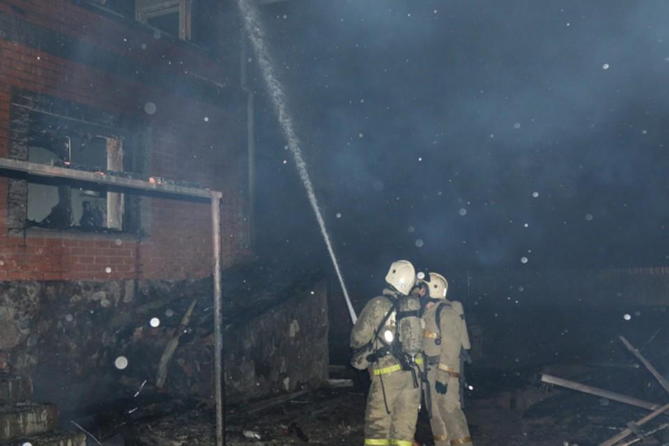 Ночной пожар в Барнауле