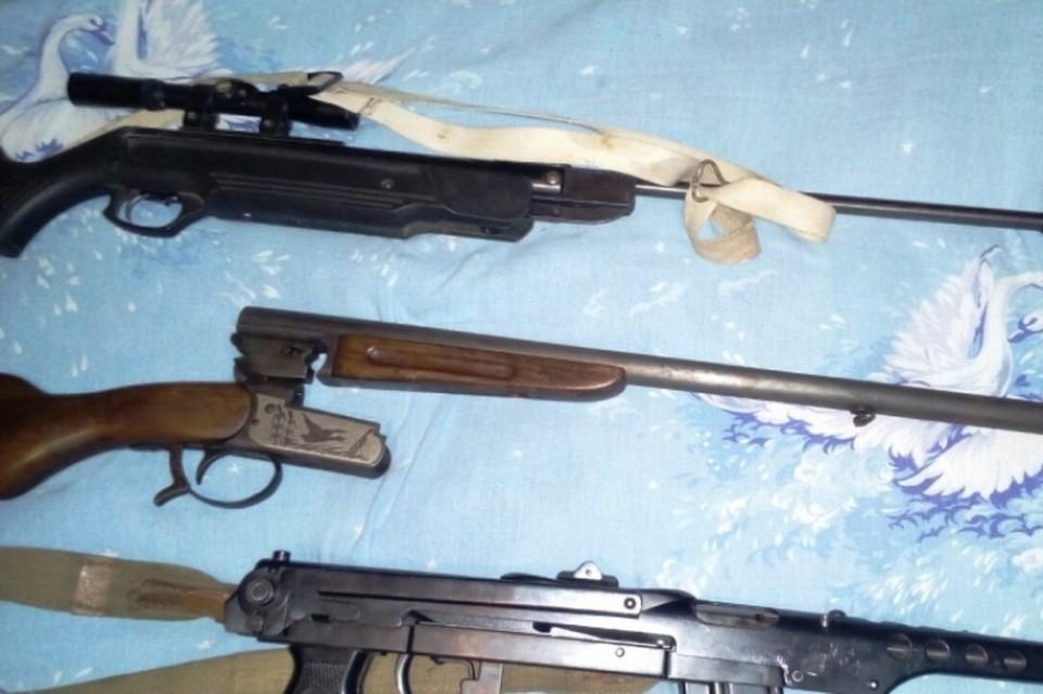 Курянин забыл сдать оружие и попал под статью