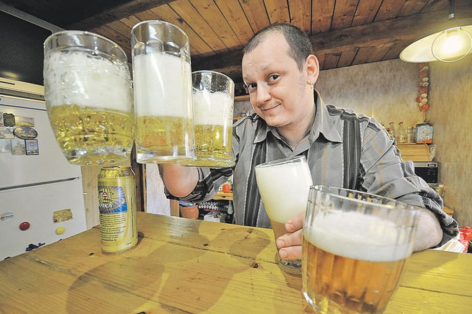 Депутаты замахнулись на святое. По крайней мере так думают любители легких алкогольных напитков - пива, сидра, медовухи, пунша.