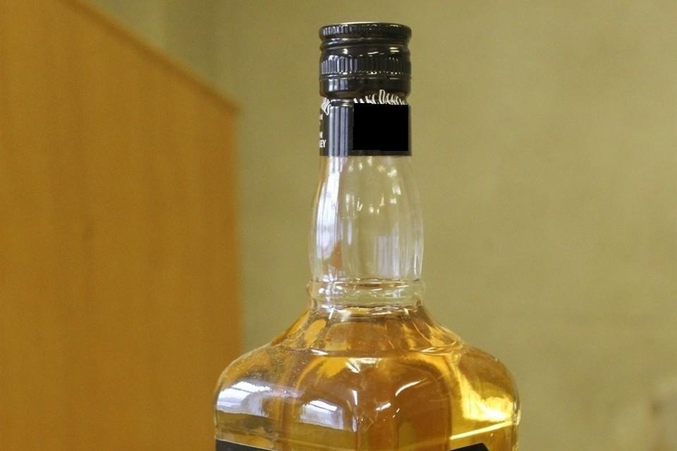 Орудием преступления стала стеклянная бутылка.