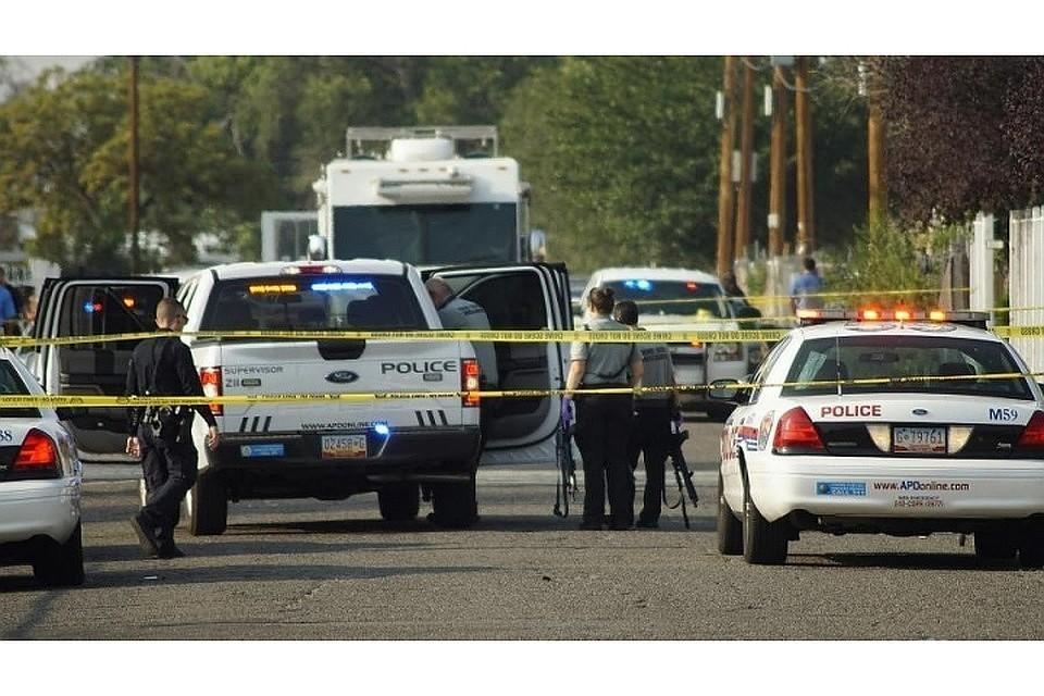 В Мексике мужчина с ножом напал на журналиста