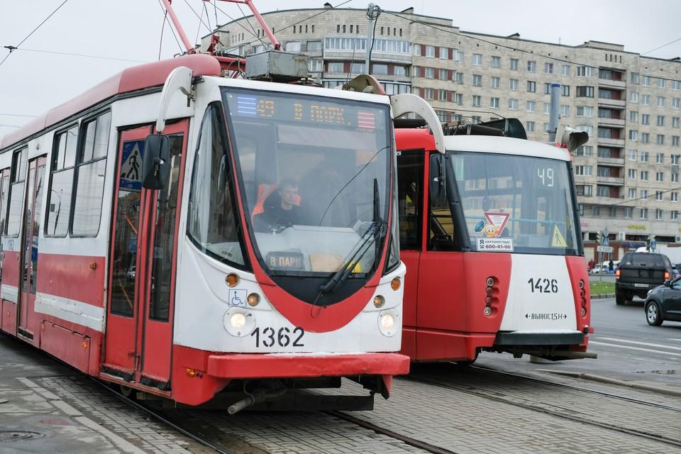 Трамваи изменят маршрут движения на неделю из-за ремонта проспекта Энгельса