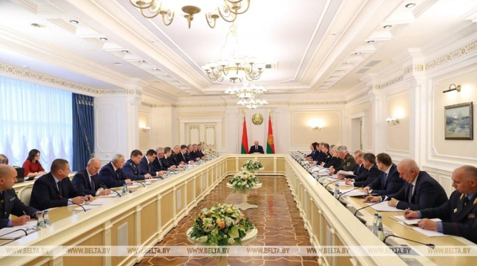 Президент провел совещание, на котором обсуждалась важная проблема - распространение наркотиков в Беларуси. Фото: belta.by