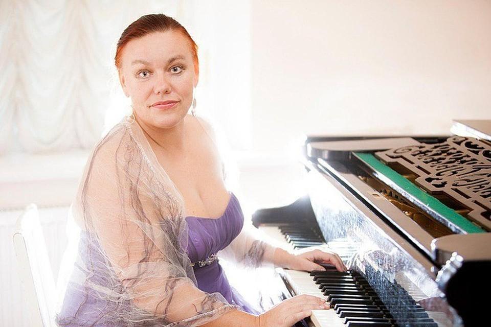 В сентябре артистке исполнилось только 52 года… Фото: philharmonia.spb.ru
