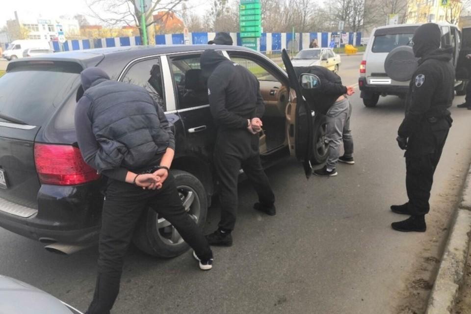 С начала года полицейские ликвидировали около десятка организованных преступных групп.
