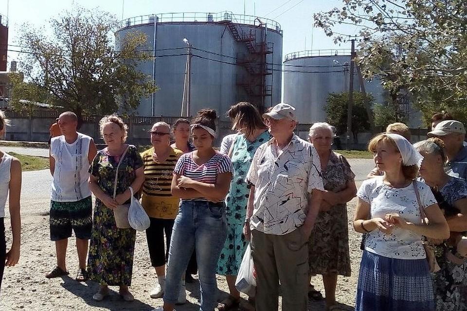 Жители Ленино борются за право дышать чистым воздухом. Фото: Сергей Яковенко