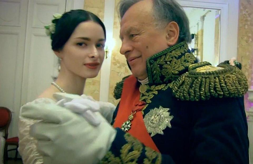 Олег Соколов называл свою любимую аспирантку Изабель и вывел ее в образе главной героини одной из своих книг. Фото: СПбГУ