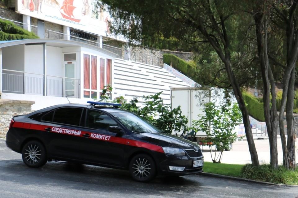 """Следователи приехали в """"Артек"""", чтобы выяснить причины загадочной смерти 15-летней девочки. Фото: пресс-служба СКР"""