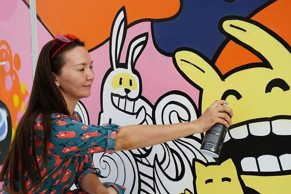 Организаторы надеются, что яркие граффити и скульптуры не только смогут поднять настроение жителям долгой северной зимой, но и станут в итоге толчком для дальнейших позитивных изменений общественных пространств Фото: пресс-служба фестиваля LETO YAKUTIA