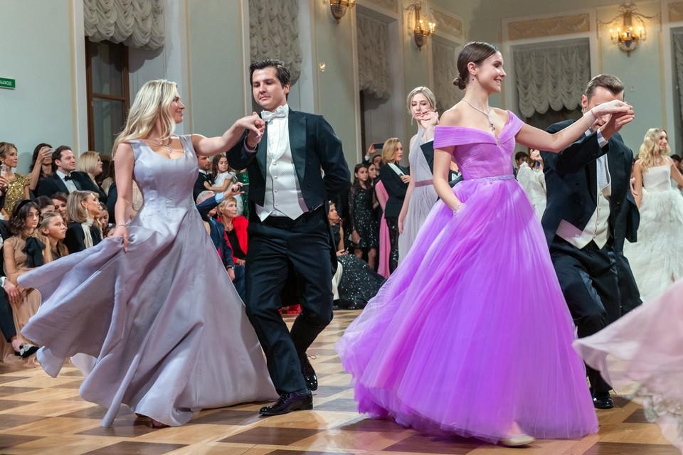В Москве в очередной раз прошел ежегодный Бал дебютанток журнала Tatler