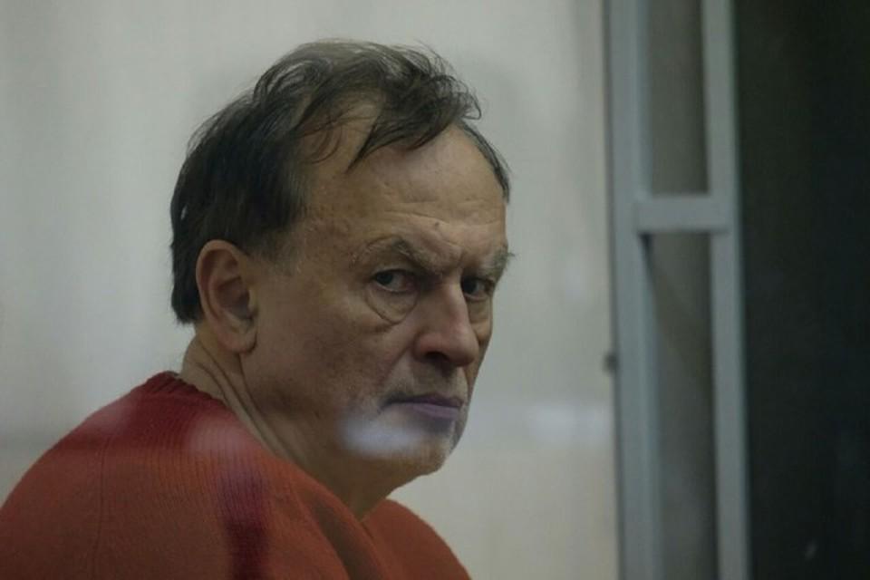 По словам Александра Холодова, он не верит в то, что Соколов действительно хотел покончить с собой - скорее всего, это была попытка привлечь внимание.