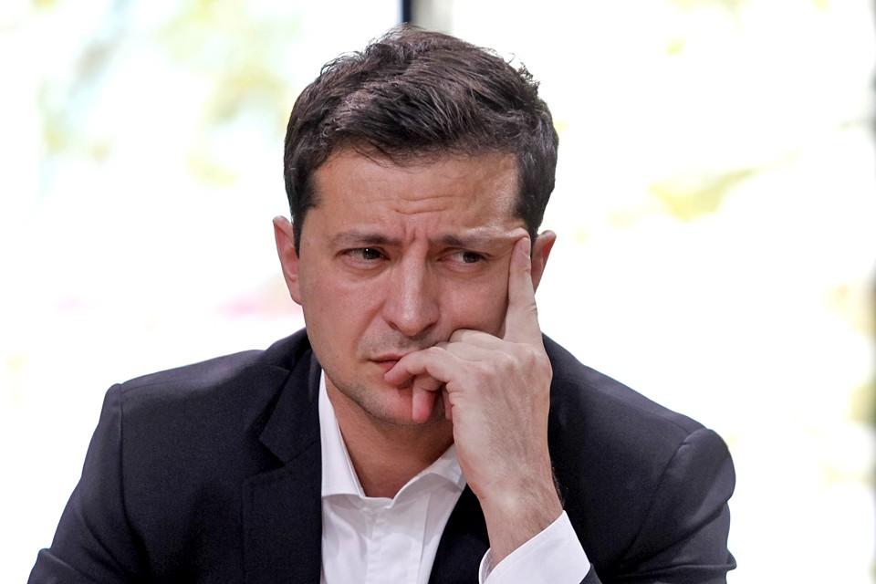 По прогнозам политологов, украинцев в период правления Зеленского ждут очередные разочарования, обвинения, волнения и т.д.