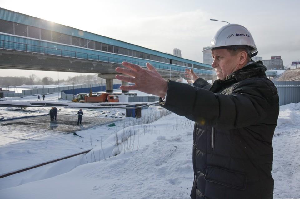 Анатолий Локоть побывал на стройплощадке станции метро «Спортивная».