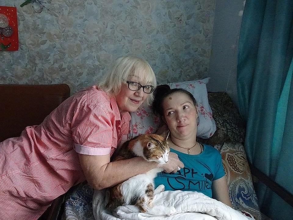 Рядом с Ириной всегда ее мама