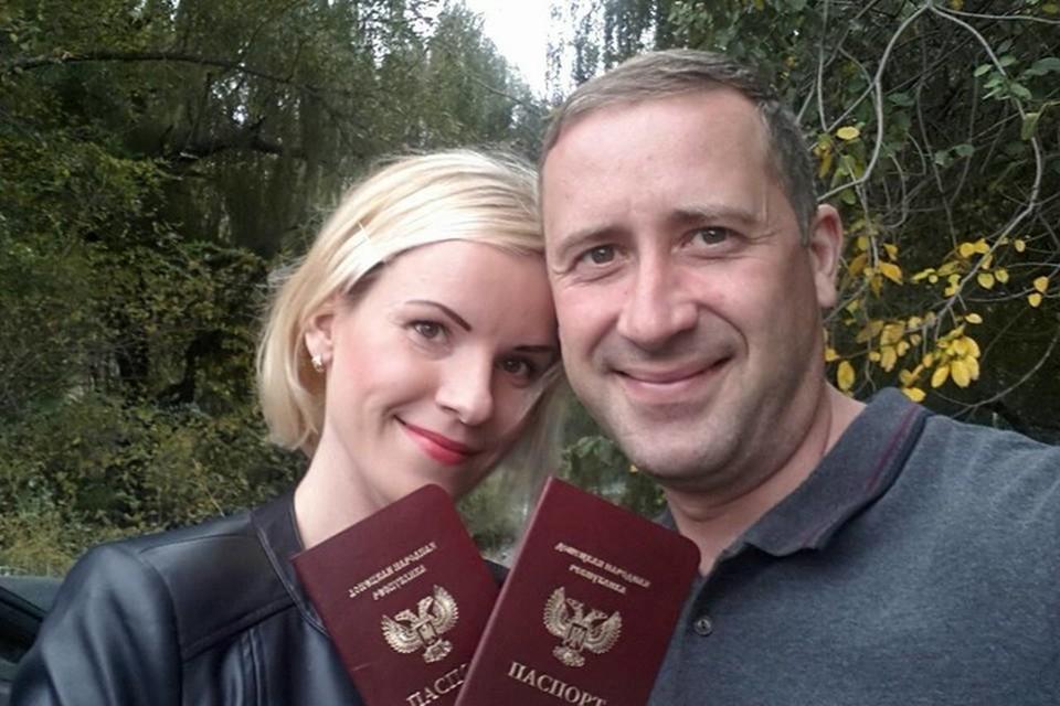Вот он главный документ гражданина Республики. Выдавать паспорта в ДНР начали в марте 2016 года. Фото: архив Анастасии Селивановой