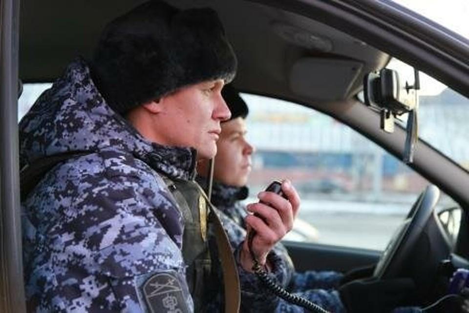 Росгвардейцы вернули угнанную BMW в Челябинске.