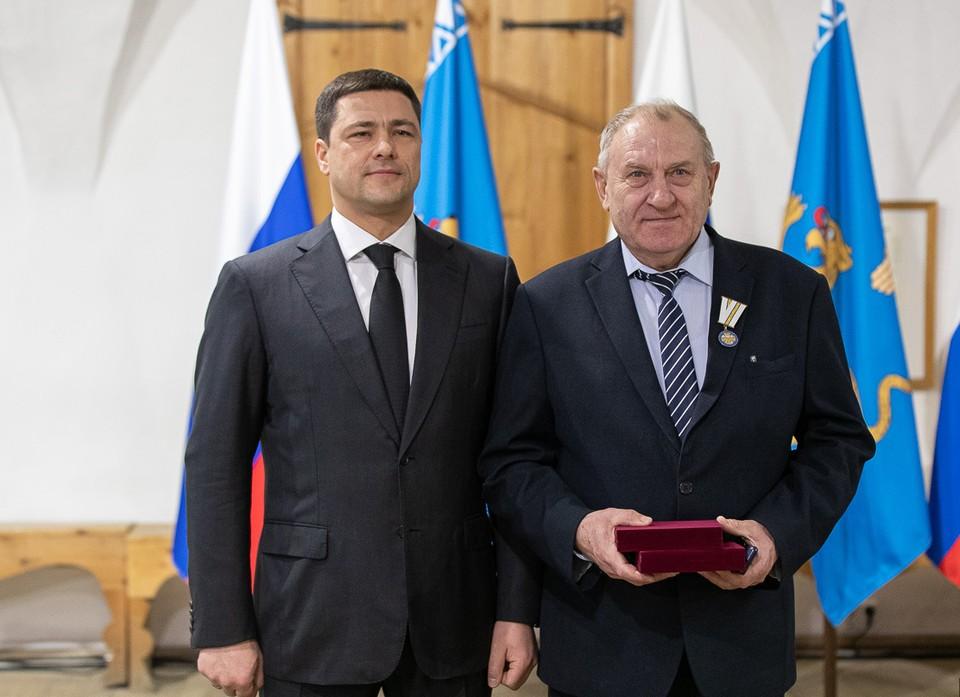 Фото: pskovgorod.ru. Заместитель главы Пскова Владимир Воробьев получил почетные региональные награды.