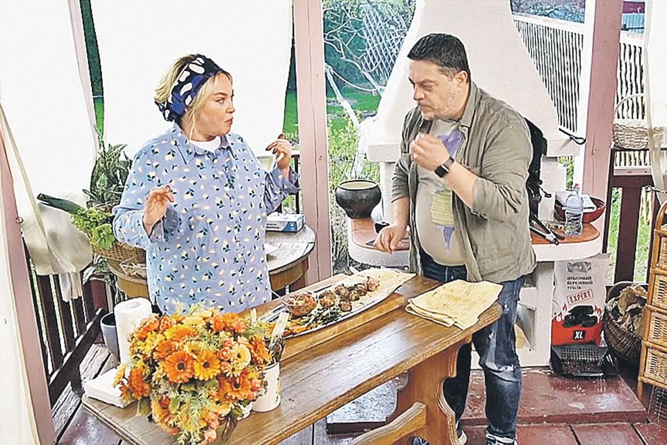 Ведущая «Давай поженимся!» Лариса Гузеева. Фото: youtube.com