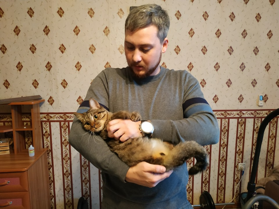 Александр Ермолаев и спасенный им Липтон