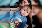 «Сын может умереть в любую минуту». Родители малыша, которому нужна пересадка сердца, не могут получить квоту на операцию