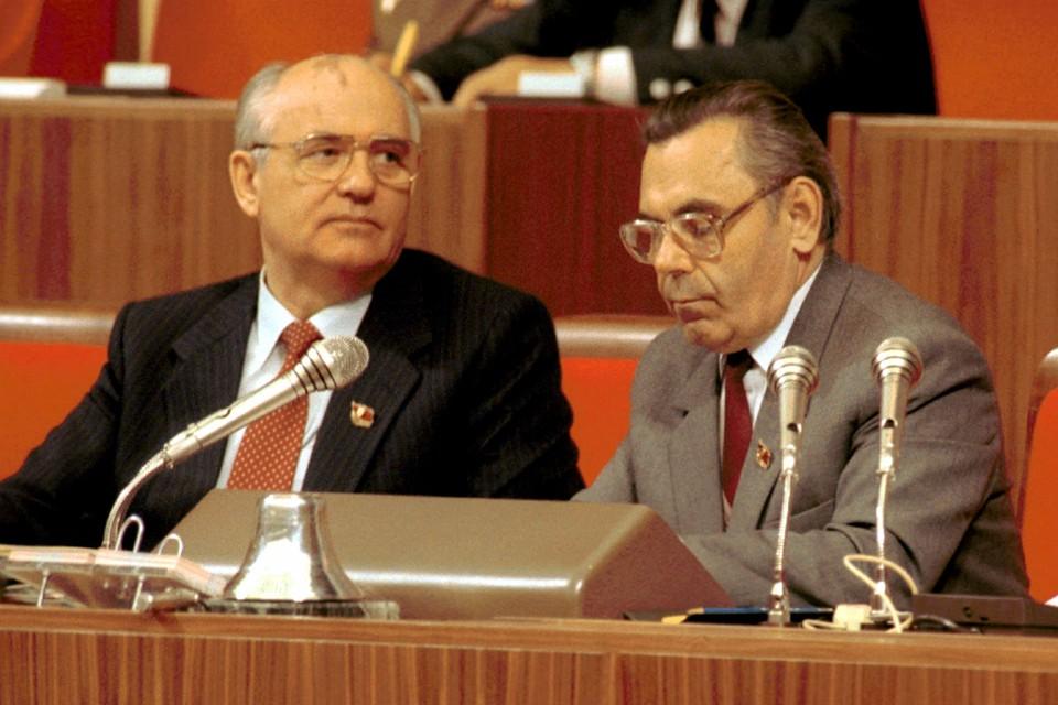Иван Полозков ругает себя за то, что не вывел Горбачева из партии. На апрельском пленуме 1991-го многие были за то, чтобы исключить его из ЦК