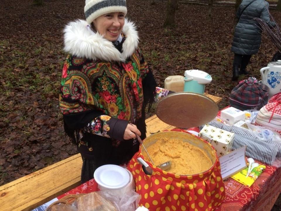Фестиваль «Вернём каши на столы наши» прошёл в Порхове 4 января.