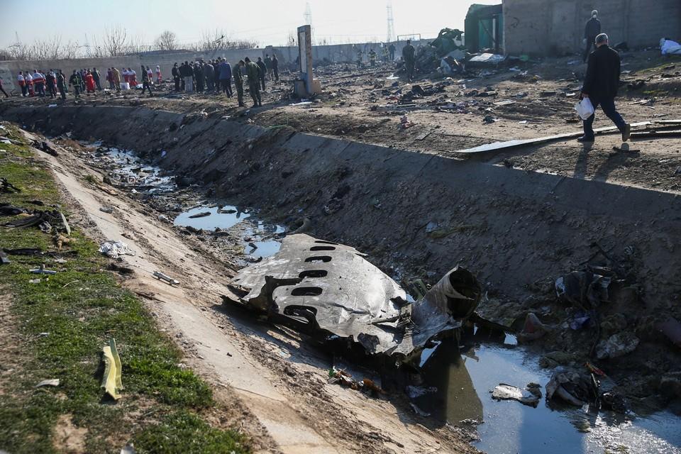 Рухнувший в Тегеране украинский самолет принадлежал компании Коломойского.