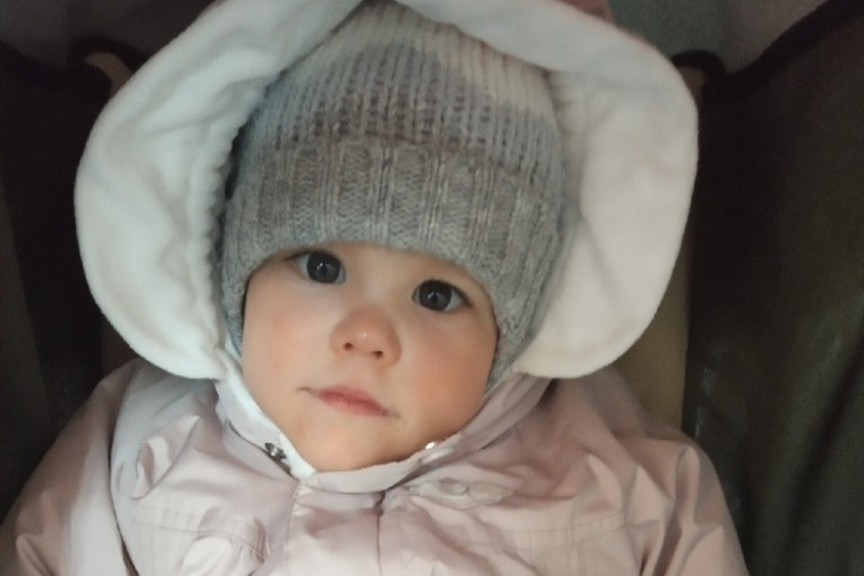 Маленькая Анечка очень хочет выздороветь. Фото: личный архив.
