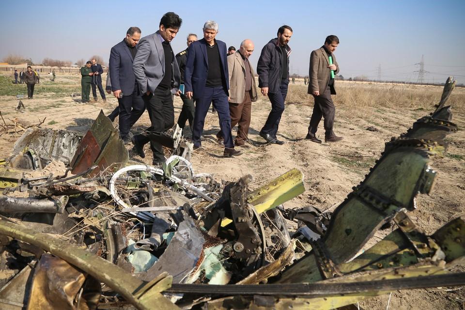 Западные СМИ выдвинули «дополненную» версию крушения украинского «Боинга-737» при вылете из Тегерана 8 января.