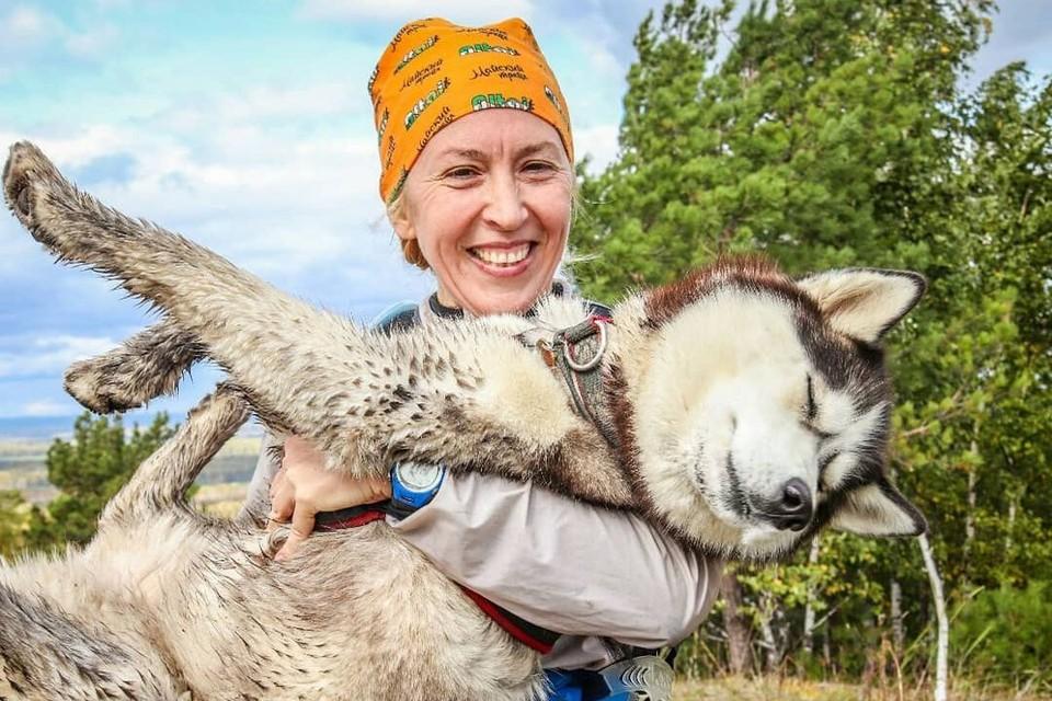 Татьяна готова своих собак носить на руках. Фото: личный архив.