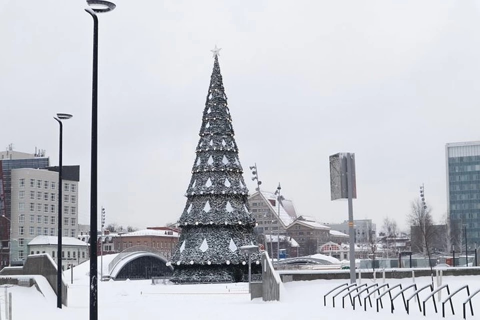 Ледовый городок в Перми будет закрыт и в третий день.