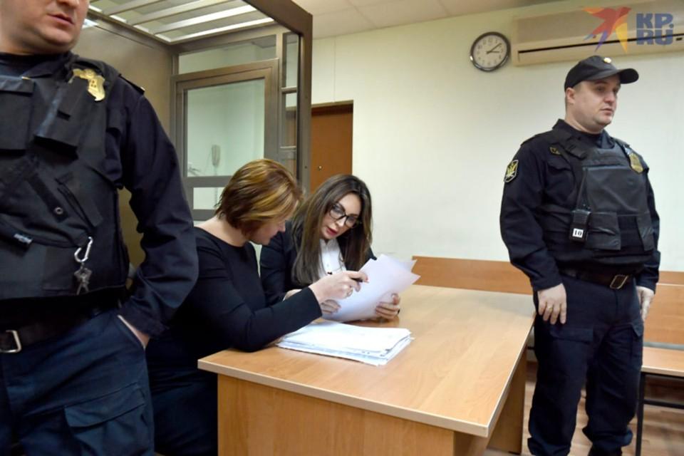 Суд над попавшейся с наркотиками Натальей Бочкаревой вызвал дикий ажиотаж.