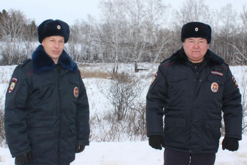 Сергей Подругин (слева) и Дмитрий Урбанов. Фото: ГУ МВД России по Иркутской области