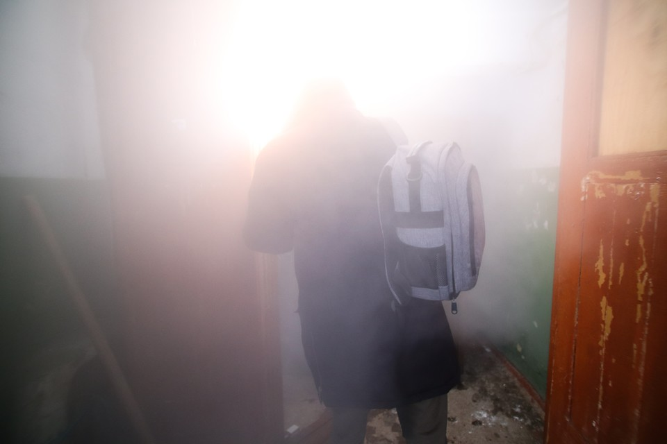 В подвал невозможно было проникнуть из-за обжигающего пара и кипятка.