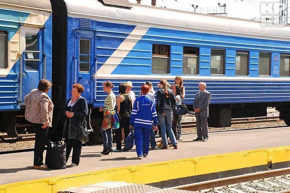 """""""Я за это место заплатил тысячи евро, мне его отбить надо"""": Проводники поезда Кишинев-Москва резко взвинтили расценки на посылки"""